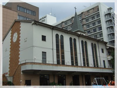 教会堂南側