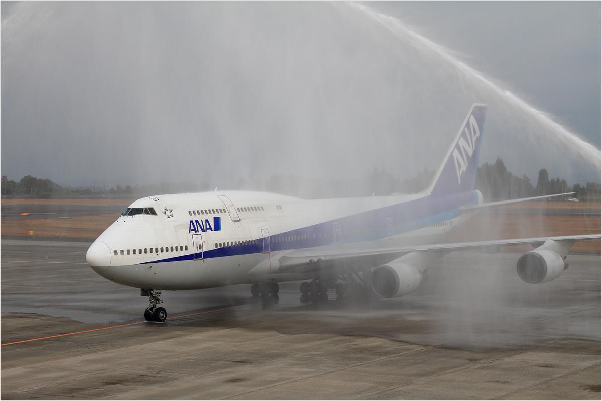 747里帰りフライト - 鹿児島空港_c0308259_22553878.jpg
