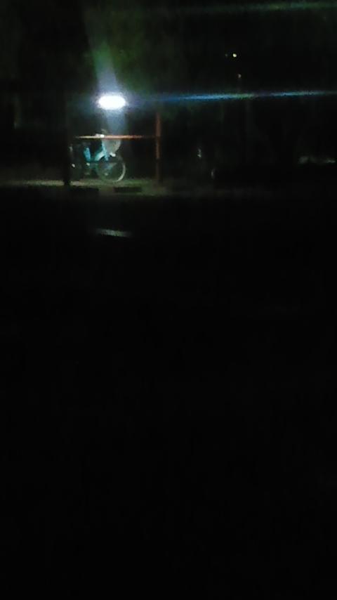 夜の駐輪場_f0155808_18425172.jpg