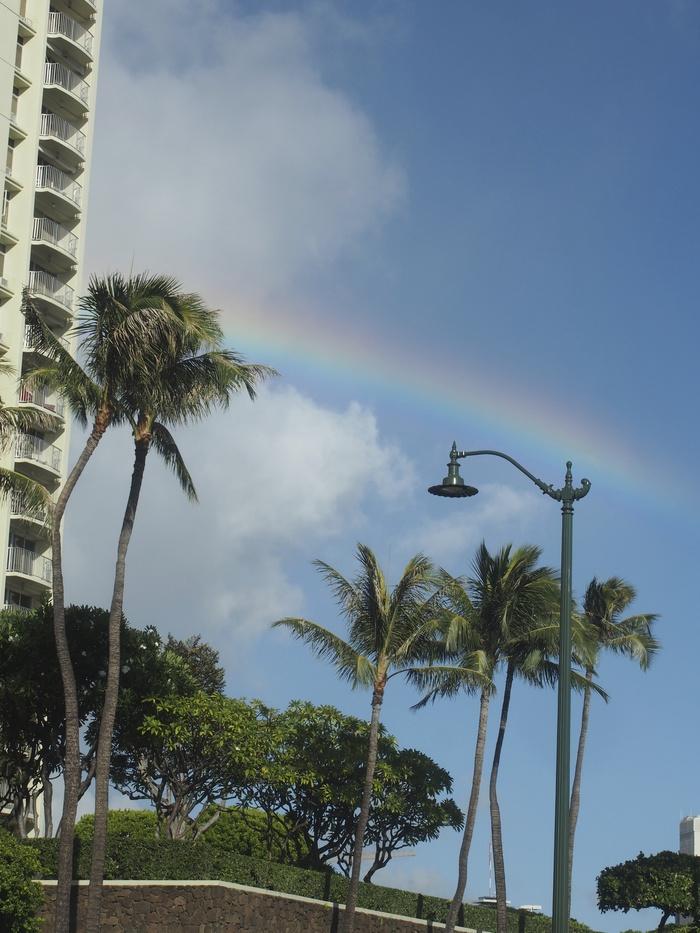 2013 10月 ハワイ(32)  夕飯を調達して 夕陽をみて 花火にそなえる_f0062122_10453020.jpg