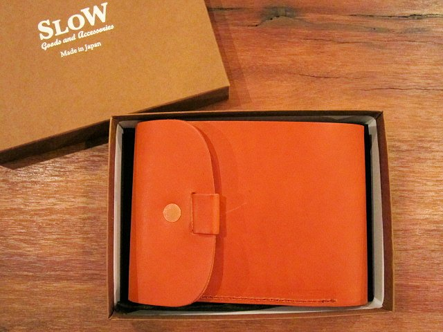 "SLOW ""toscana~flap hold wallet\"" ご紹介_f0191324_1114055.jpg"