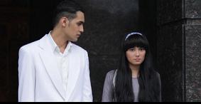 インドネシアの映画:\'ISYARAT\' (プロデューサー:Garin Nugroho)_a0054926_2321449.png