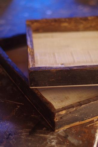 リース、木箱、そして本。_e0060555_2294561.jpg