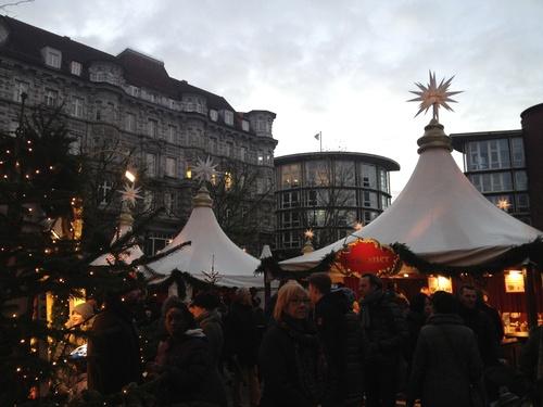 クリスマスマーケットをはしご_b0300862_625739.jpg