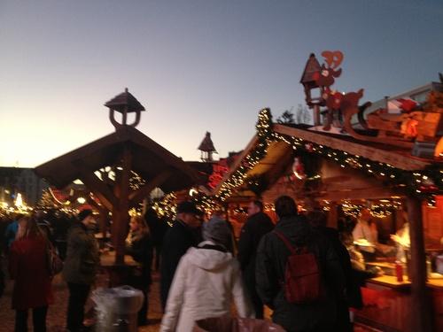 クリスマスマーケットをはしご_b0300862_652537.jpg