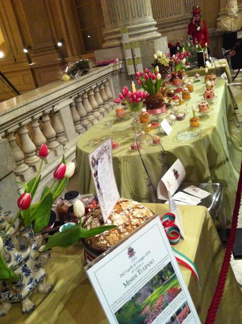 クリスマス菓子 パネットーネのイベント♡ Una Mole di Panettoni_b0246303_02051999.jpg