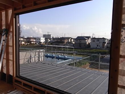 『プールサイドの家』 屋根板金工事が完了。_e0197748_1745491.jpg