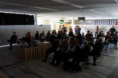 「Sabani trip 2011 特別上映会 in 日南」  レポート_f0138874_18485580.jpg