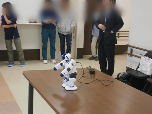 介護ロボット_a0135191_18401072.jpg