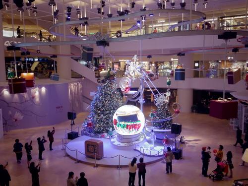Pacific Place(太古廣場)の素敵なクリスマスデコレーション_e0123104_2210684.jpg