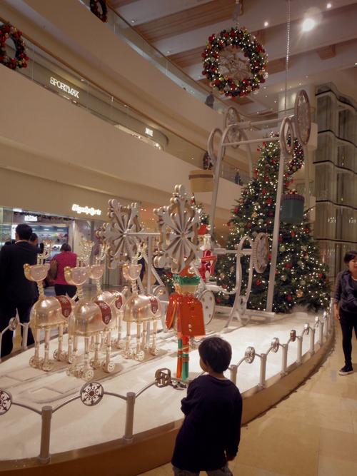 Pacific Place(太古廣場)の素敵なクリスマスデコレーション_e0123104_22151175.jpg