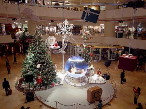 Pacific Place(太古廣場)の素敵なクリスマスデコレーション_e0123104_228786.jpg