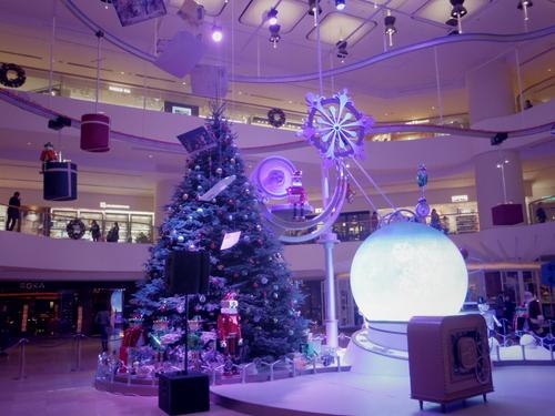 Pacific Place(太古廣場)の素敵なクリスマスデコレーション_e0123104_2319598.jpg