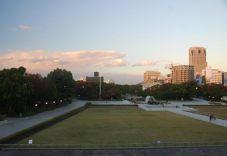 広島平和記念資料館_c0187781_2331571.jpg