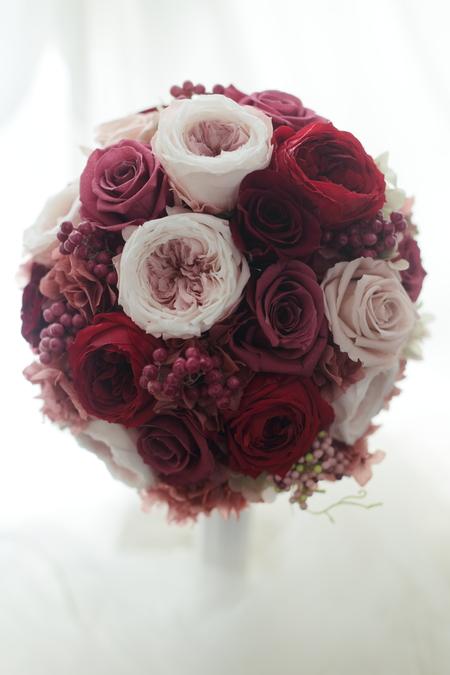 ラウンドブーケ ラグナスイート様へ 元花嫁様からご友人へのプレゼント_a0042928_21331312.jpg