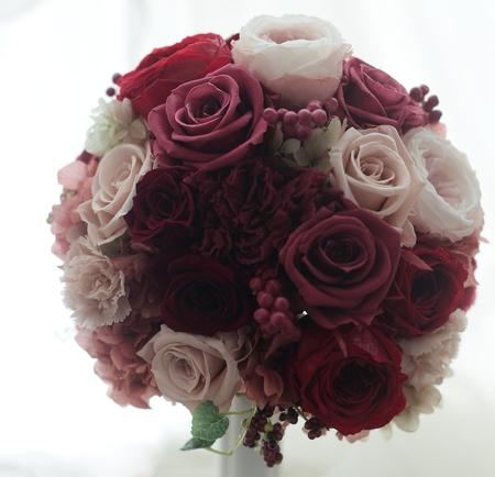 ラウンドブーケ ラグナスイート様へ 元花嫁様からご友人へのプレゼント_a0042928_21334822.jpg