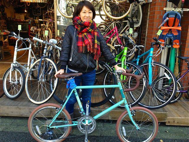 ☆今日のバイシクルガール5本立て☆ 自転車 女子 おしゃれ_b0212032_21101074.jpg