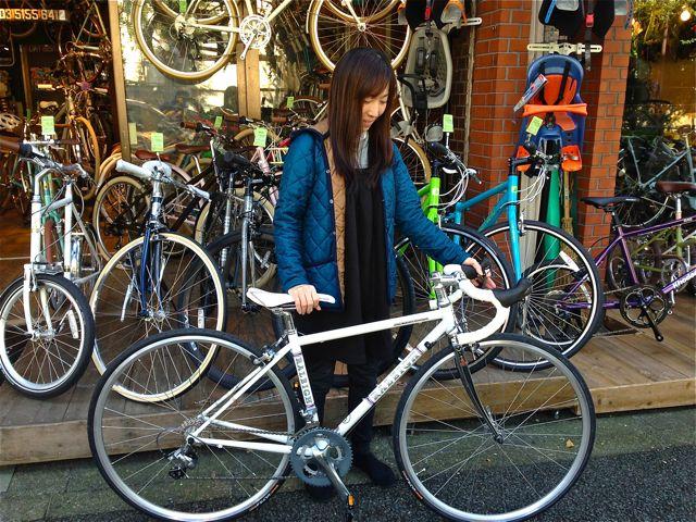 ☆今日のバイシクルガール5本立て☆ 自転車 女子 おしゃれ_b0212032_21101998.jpg