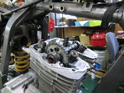 ME08 エンジン完成!_e0114857_19291661.jpg