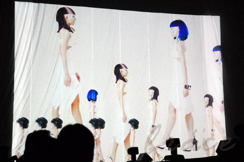 【CONTEST】SPC全日本理美容選手権 決勝大会2013 アーティスティックで華麗なヘアショーステージ!_c0080367_11484148.jpg