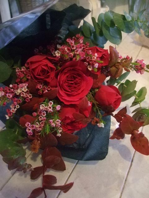 オークリーフ花の教室(加田さんと根本さんの作品)_f0049672_1181484.jpg