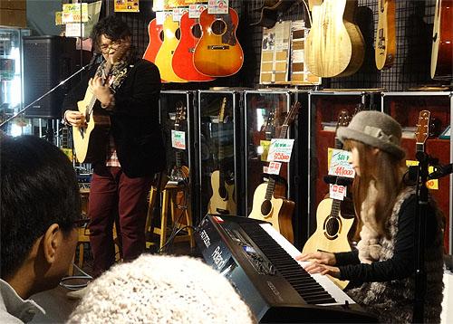 自宅近所でソロ・ギターのコンサート、それから・・・_c0137404_21505475.jpg