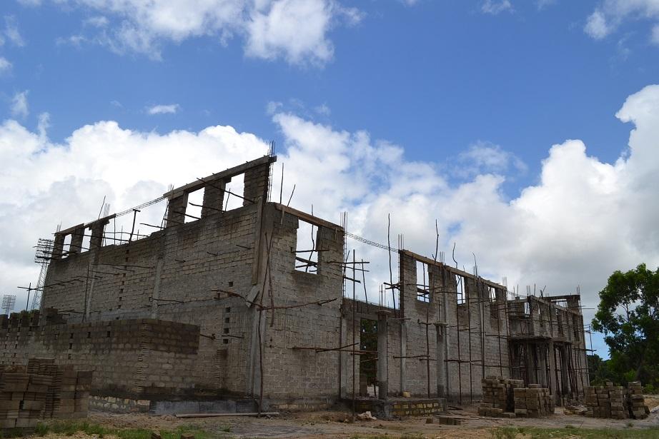 The construction of Pemba Budokan -13- ~ペンバ武道館建設の様子 _a0088841_22364887.jpg