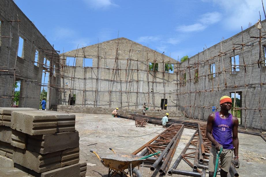 The construction of Pemba Budokan -14- ~ペンバ武道館建設の様子  _a0088841_2331149.jpg