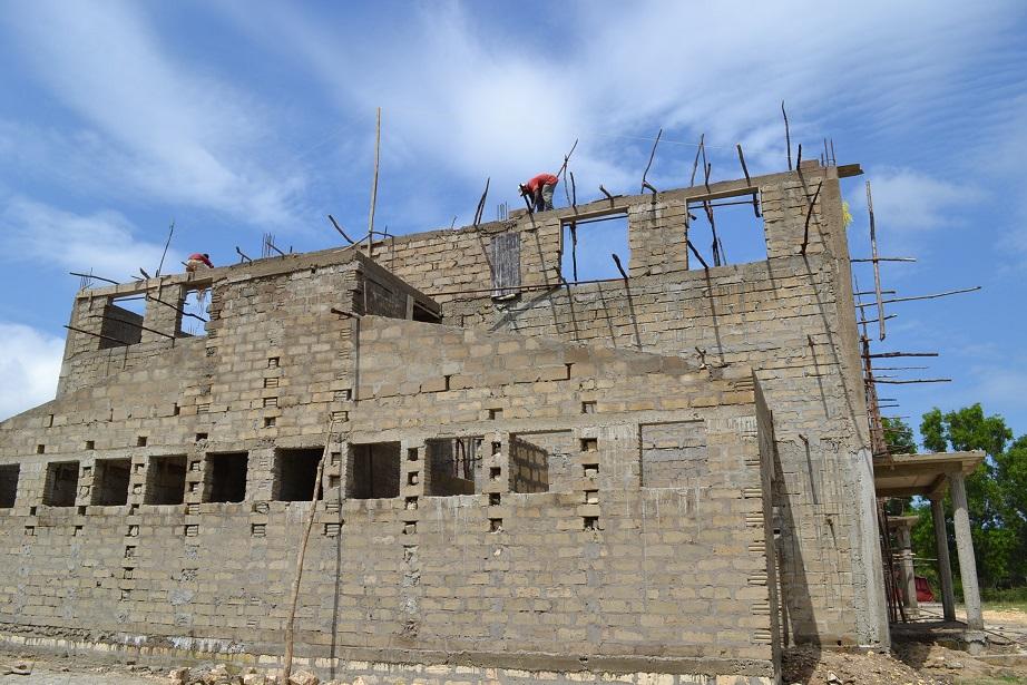 The construction of Pemba Budokan -14- ~ペンバ武道館建設の様子  _a0088841_238096.jpg