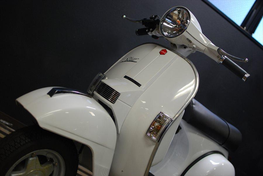 LML Star Automatic 125 ピュアホワイト入荷!_d0099181_21185481.jpg