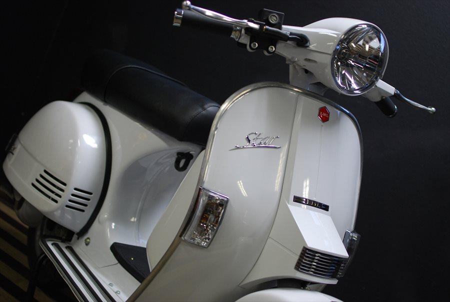 LML Star Automatic 125 ピュアホワイト入荷!_d0099181_213488.jpg