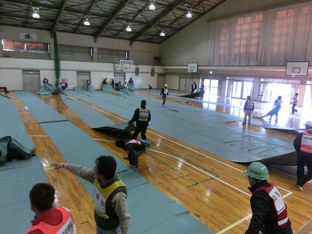 課題だらけだったが、それを肥やしに! 第1回吉原高校避難所開設・運営訓練_f0141310_7432792.jpg