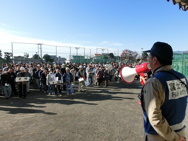 課題だらけだったが、それを肥やしに! 第1回吉原高校避難所開設・運営訓練_f0141310_743519.jpg