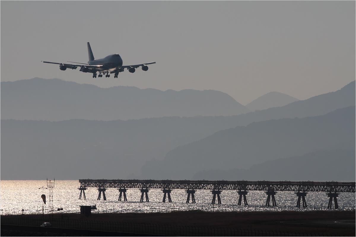 747里帰りフライト - 長崎空港_c0308259_09076.jpg