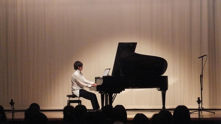 Ulrike Haage ピアノ・ソロ公演 -感想_e0081206_13323522.jpg