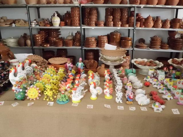 テラコッタ陶器の工房見学_b0305039_2357856.jpg