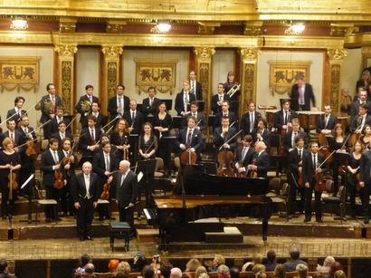 「オーケストラ・モーツァルトとハイティンク、ポリーニの演奏会」から_a0280569_491540.jpg