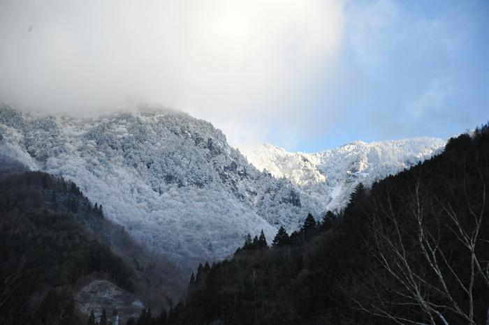 初冬の奥飛騨へ_a0049296_18223125.jpg