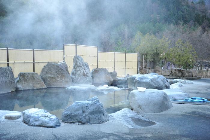 初冬の奥飛騨へ_a0049296_1826538.jpg