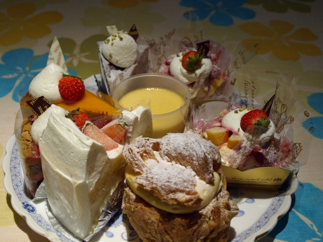 食べある記な話 「ケーキの世界」_d0153062_9461989.jpg