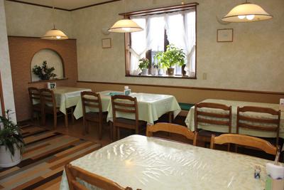 猪苗代にあるカフェ&レストラン【デセール カワウチ】_d0250986_14212737.jpg