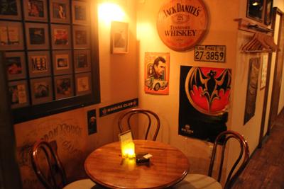 いい人と、いい酒で、いい夜ができあがる。「Bar Octave」_d0250986_1561961.jpg