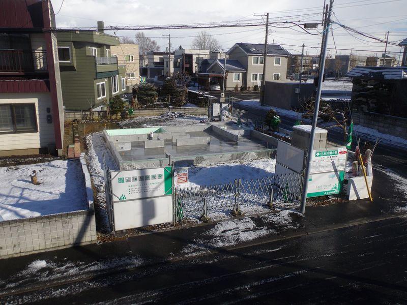 冬に家を建てるのは大変_c0025115_19002415.jpg