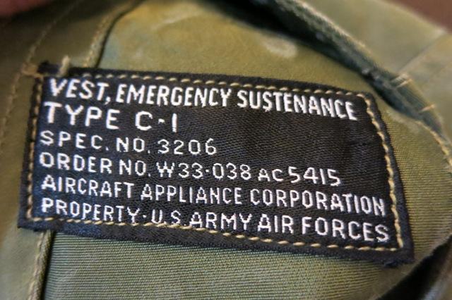 アメリカ仕入れ情報#41 40'S WWⅡ US AAF C-1ベスト!_c0144020_1156538.jpg
