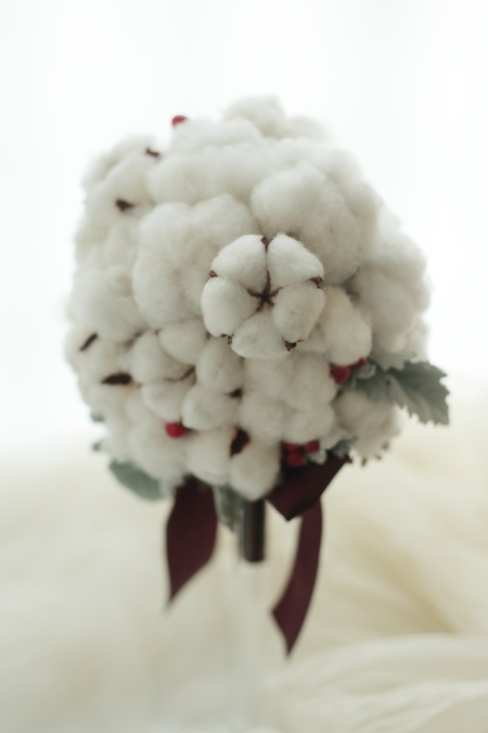 冬のブーケ コットンフラワーと赤い実で _a0042928_20423078.jpg