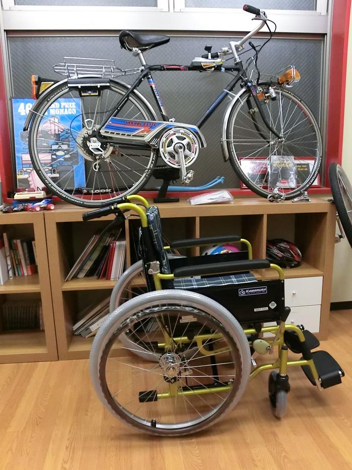 『自転車』と『車いす』_c0316555_13525938.jpg