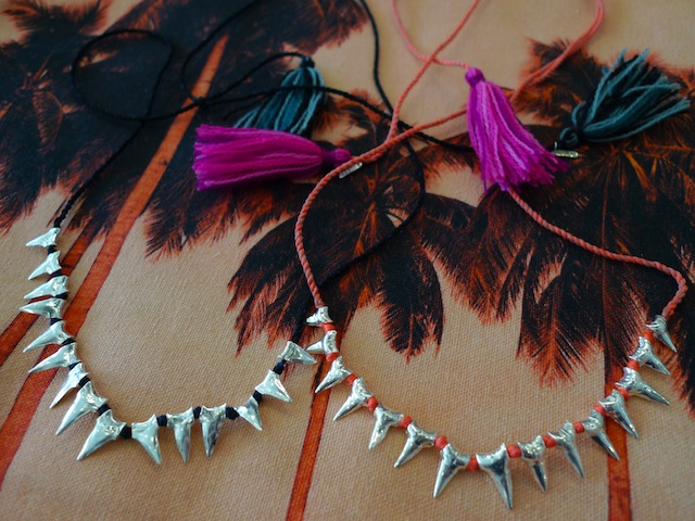DEZSO SILVER BABY SHARK TOOTH MEXICAN TASSEL_f0111683_1445755.jpg
