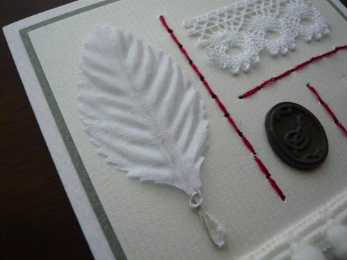 お裁縫パーツを飾りにしたクリスマスカード_d0285885_1033075.jpg