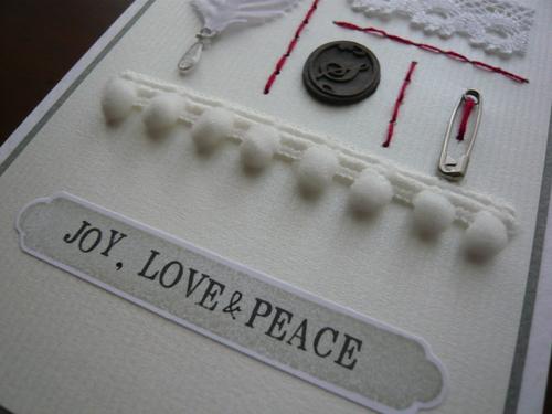 お裁縫パーツを飾りにしたクリスマスカード_d0285885_1034296.jpg