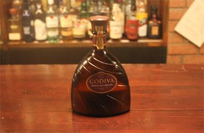 いい人と、いい酒で、いい夜ができあがる。「Bar Octave」_d0250986_1114575.jpg